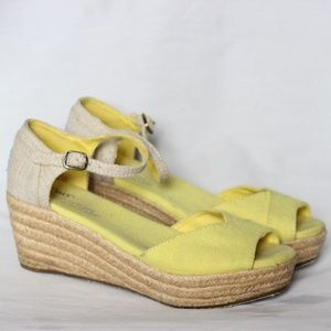 Toms Glitz Yellow Beige Rope Platform Sandals 6.5